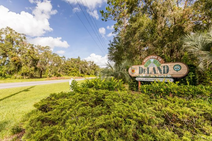 DeLand - Homes for Sale 2