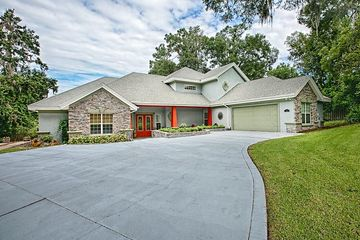 2111 Oak Leaf Circle Mount Dora, FL 32757 - Image 1