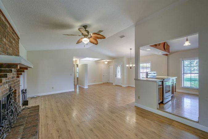 4485 State Road 16 - Photo 5