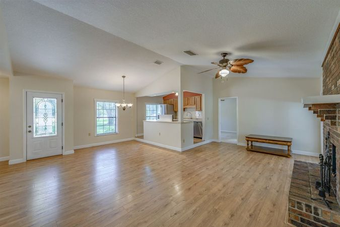 4485 State Road 16 - Photo 6