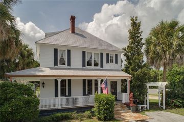 436 E 5th Avenue Mount Dora, FL 32757 - Image 1