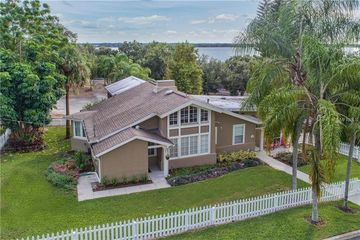 302 W 6TH AVENUE MOUNT DORA, FL 32757 - Image 1