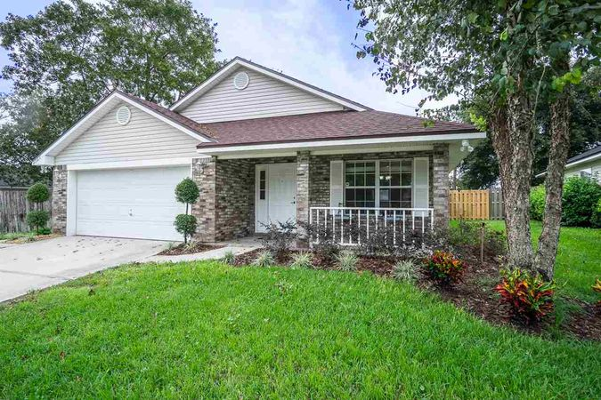 2326 Creekfront Dr. Green Cove Springs, FL 32043