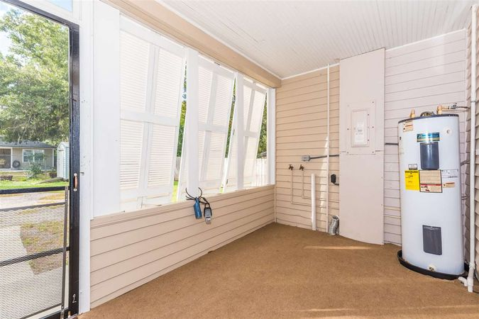 42 Masters Dr - Photo 32