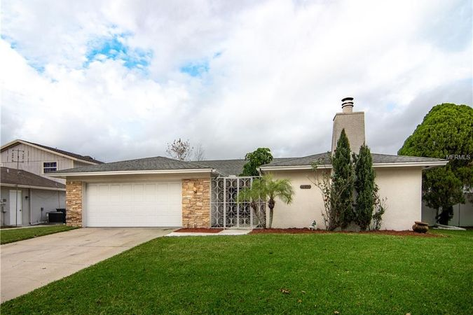 7530 CLEARVIEW DRIVE TAMPA, FL 33634