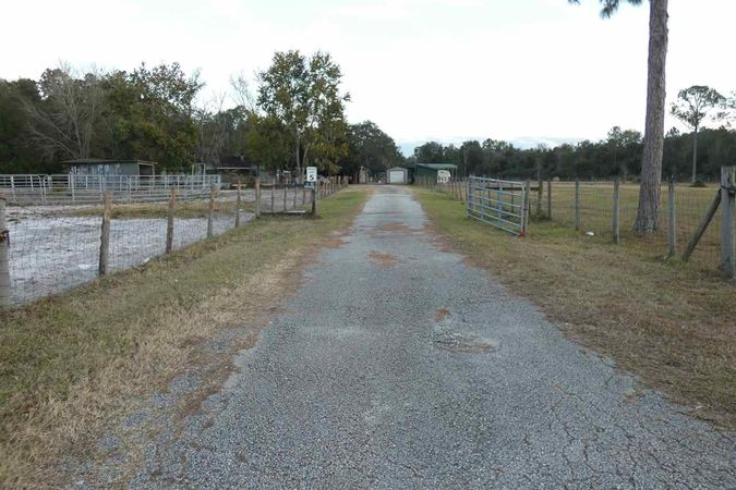 1900 State Road 207 - Photo 14