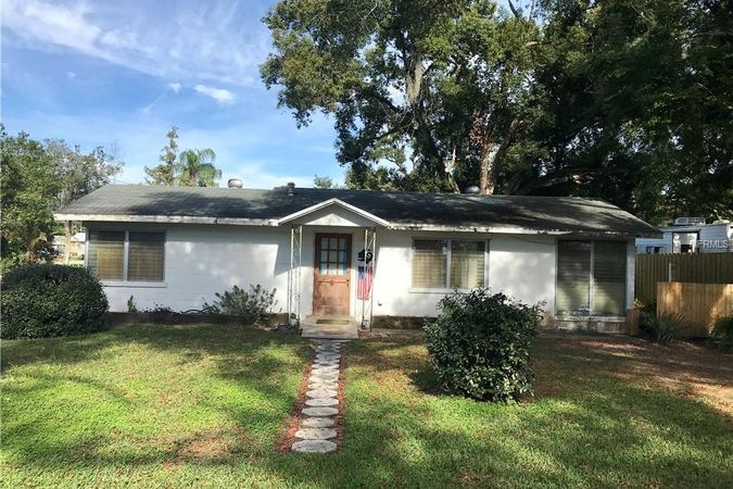 205 E WASHINGTON AVENUE DELAND, FL 32724