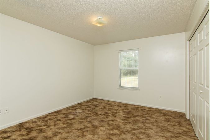 6345 Armstrong Rd - Photo 15