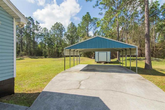 6345 Armstrong Rd - Photo 18