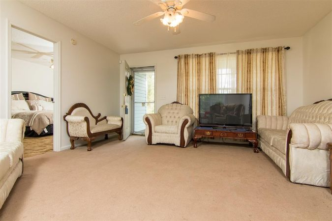6345 Armstrong Rd - Photo 6