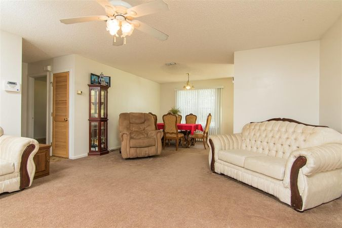 6345 Armstrong Rd - Photo 8