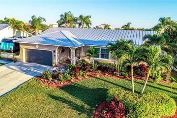816 EAGLE LANE APOLLO BEACH, FL 33572 - Image 1