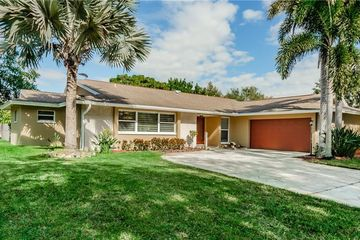 2712 WESTCHESTER DRIVE N CLEARWATER, FL 33761 - Image 1