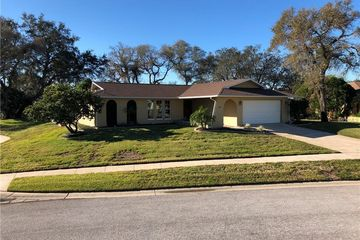 1625 TREASURE DRIVE TARPON SPRINGS, FL 34689 - Image 1