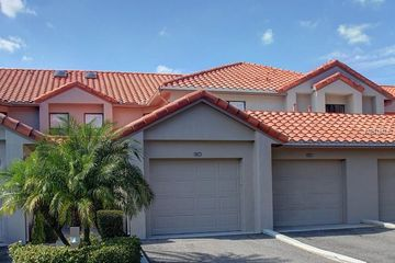 907 ROYAL PALM CIRCLE WINTER HAVEN, FL 33884 - Image 1