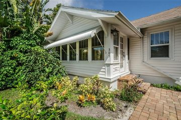 305 15TH AVENUE NE ST PETERSBURG, FL 33704 - Image