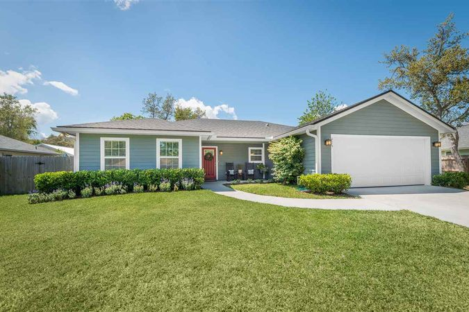 824 Queen Rd. St Augustine, FL 32086-0000