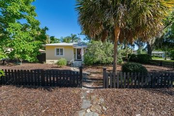 1675 DALE AVENUE WINTER PARK, FL 32789 - Image 1