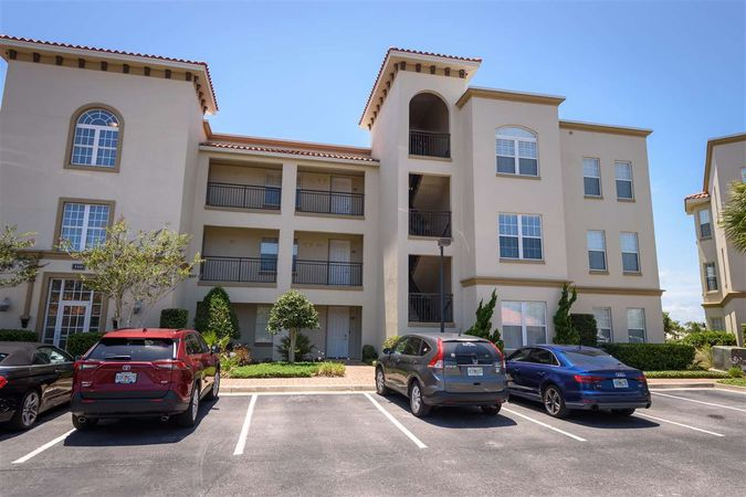 160 Pantano Cay Blvd #3204 - Photo 2