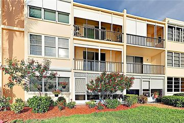 7420 Bay Island Drive S #271 South Pasadena, FL 33707 - Image 1