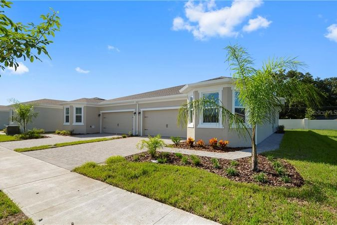 1849 Overcup Avenue Saint Cloud, FL 34771