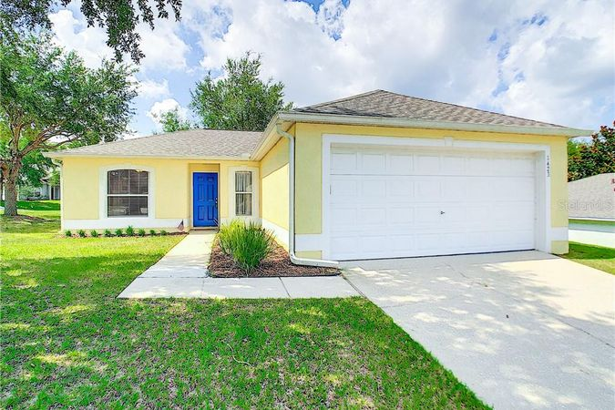 1423 Muir Circle Clermont, FL 34711