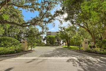 602 Lime Avenue #203 Clearwater, FL 33756 - Image 1