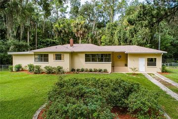 207 N Moore Bunnell, FL 32110 - Image 1