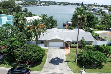 2707 Bay Boulevard Indian Rocks Beach, FL 33785 - Image 1