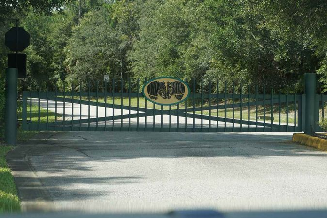 140 Dancing Horse Dr - Photo 2