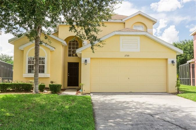 1755 Royal Ridge Drive Davenport, FL 33896