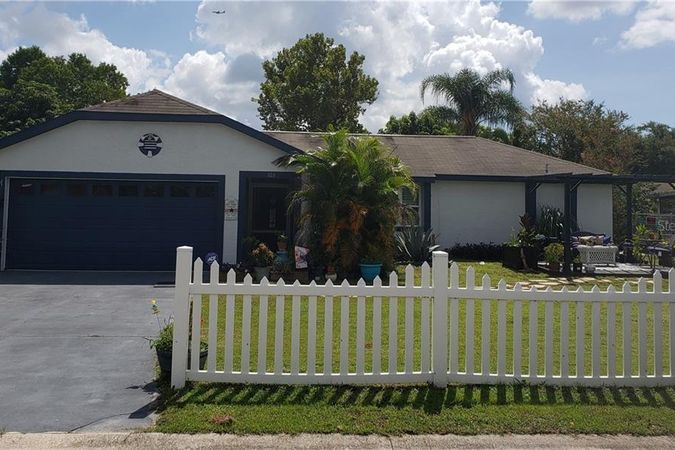 103 Pansy Court Kissimmee, FL 34743