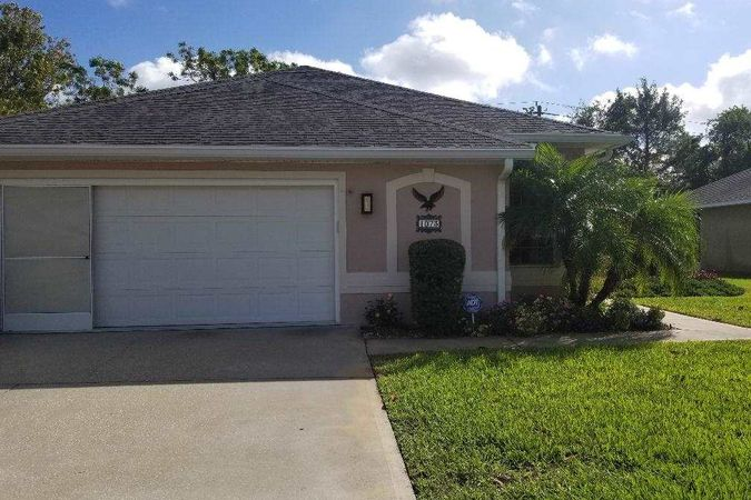 1073 Ridgewood Ln St Augustine, FL 32086