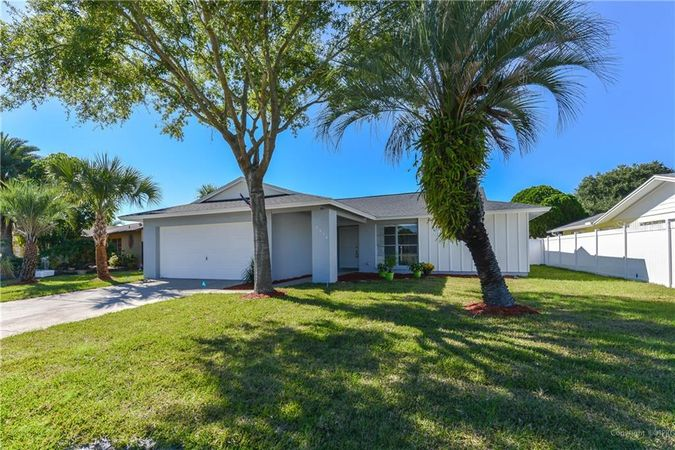 2474 Moore Haven Drive E Clearwater, FL 33763
