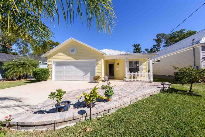 36 Coquina Ave St Augustine, FL 32080