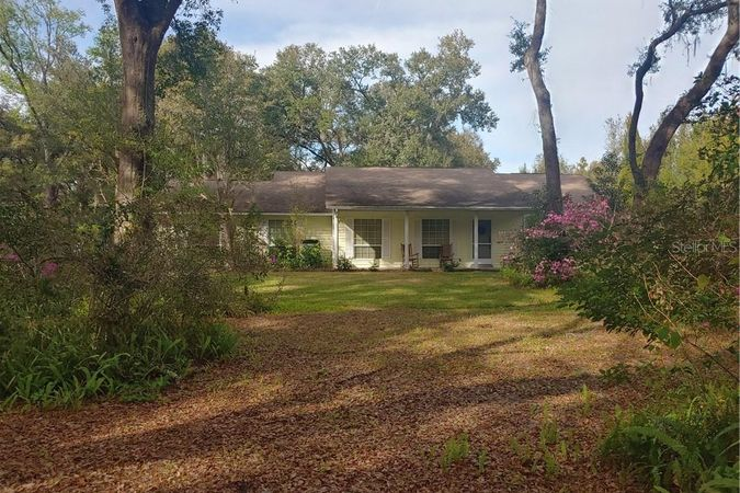 2025 Pine Ridge Dairy Road Fruitland Park, FL 34731