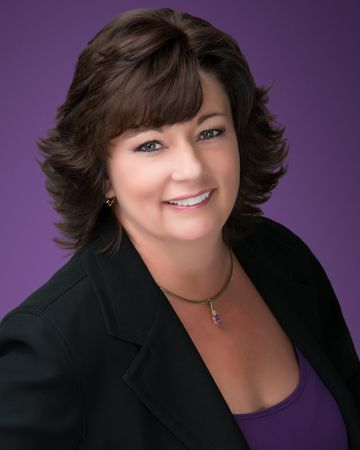 Theresa Geyer, Real Estate Agent