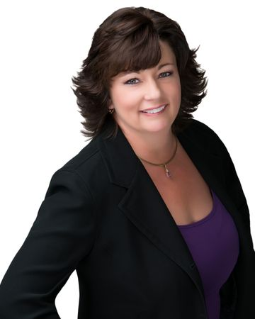 Theresa Geyer - Watson Real Estate