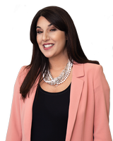 Lauren Traviesa - Watson Real Estate