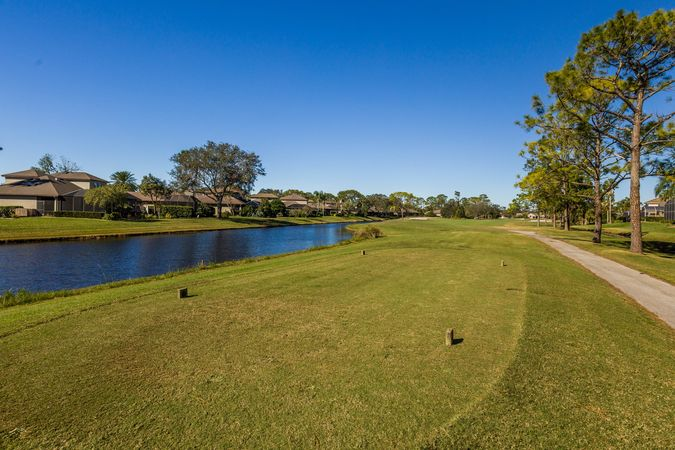 Spruce Creek Fly-In - Homes for Sale 2