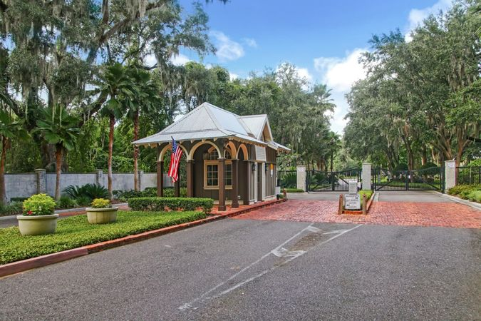Oyster Bay - Homes for Sale 2