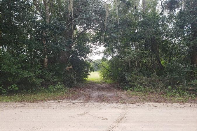 GREENS DAIRY ROAD Deland, FL 32720