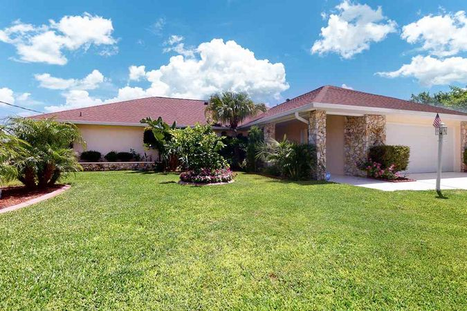 9 Clearview Ct. South Palm Coast, FL 32137