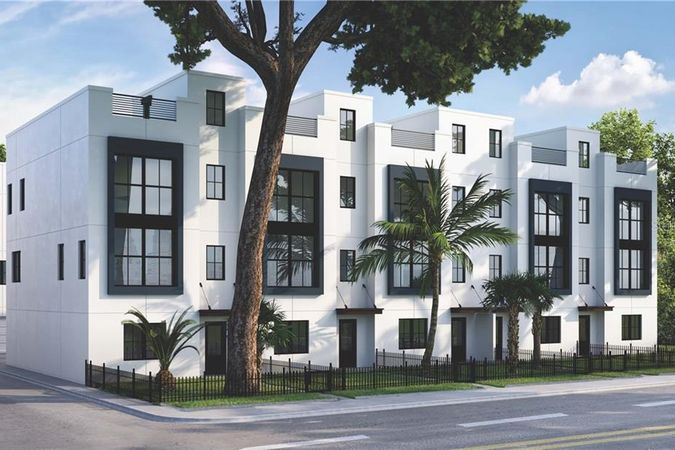 2851 W Gandy Boulevard #8 Tampa, FL 33611