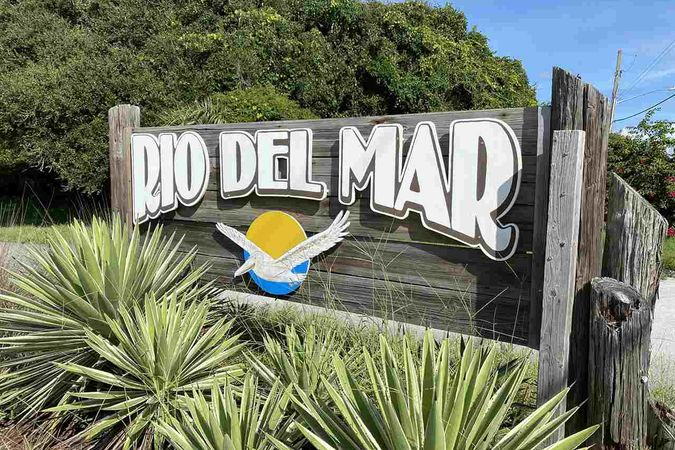 110 Rio Del Mar St B - Photo 2
