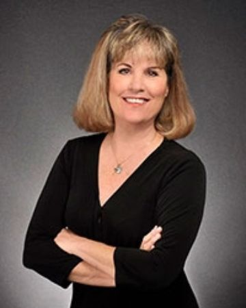 Debby Duenow, Real Estate Agent