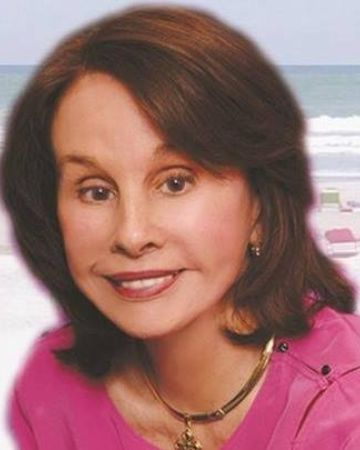 Elaine Wallace, Real Estate Agent